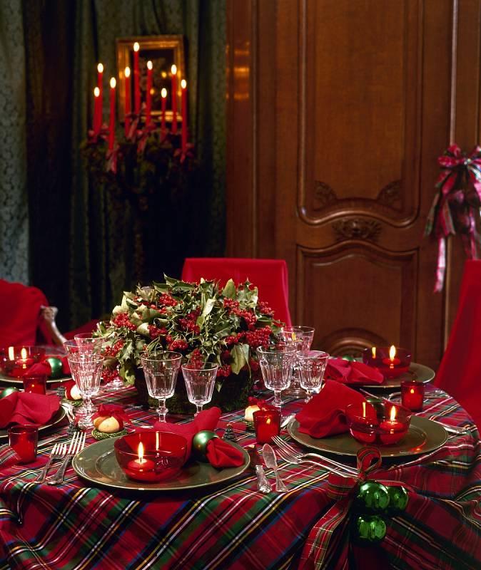 Nezapomeňte na detaily, které stůl povýší na slavnostní tabuli