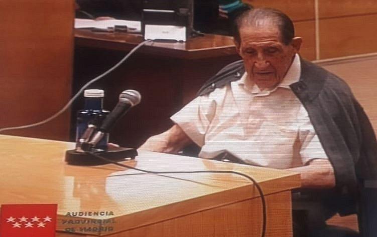 Bývalý španělský gynekolog Eduardo Vela