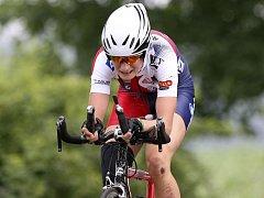 Podřená Martina Sáblíková skončila na MR v cyklistické časovce mezi ženami třetí.