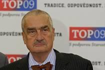 TOP 09 představila 5. září v Praze novinářům lídry kandidátek do voleb. Karel Schwarzenberg.
