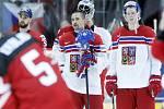 Zklamaní čeští hokejisté po prohraném semifinále s Kanadou.