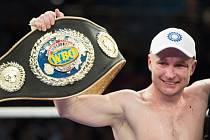 Boxer Lukáš Konečný vybojoval titul mistra Evropy WBO ve střední váze.