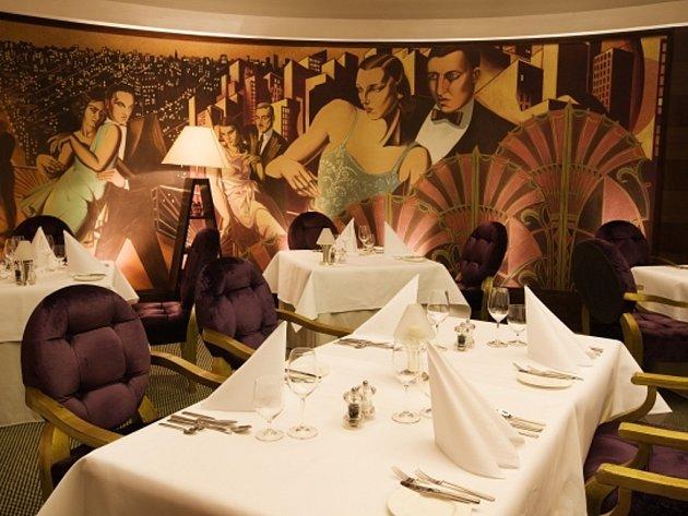Restaurace Alcron hotelu Radisson SAS Alcron v Praze.