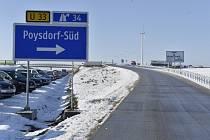 Nová část dálnice A5 vedoucí z Brna do Vídně.
