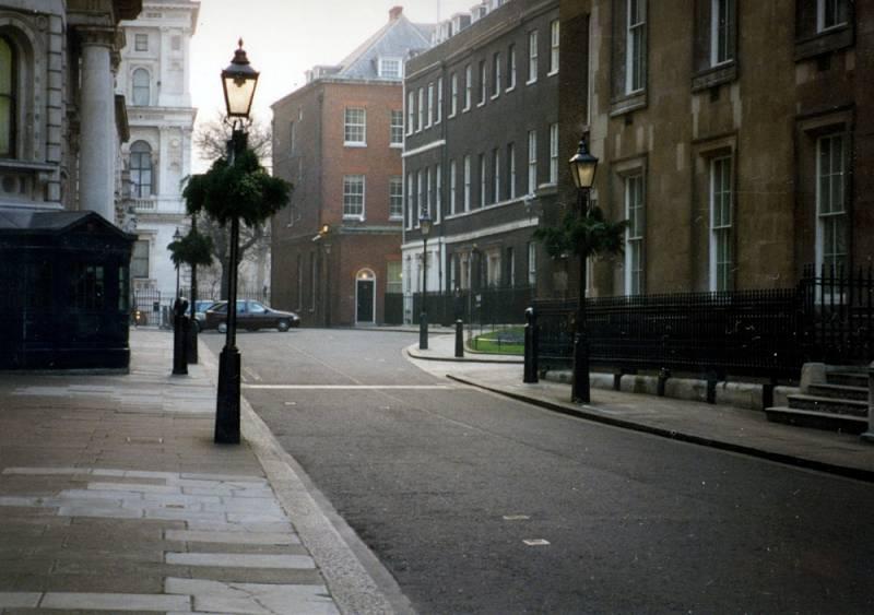 Downing Street v roce 1996