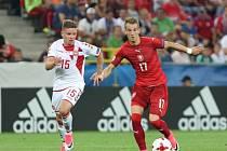 Václav Černý (vlevo) proti Dánsku.
