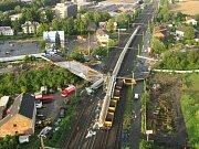Letecký pohled na místo železničního neštěstí