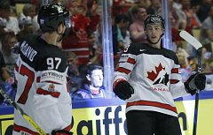 Kanadské hvězdy Connor McDavid (vlevo) a Ryan Nugent-Hopkins.