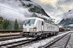 Čtyřsystémová lokomotiva Siemens Vectron.