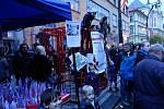 Lidé si v neděli 17. listopadu na pražské Národní třídě připomněli 30leté výročí sametové revoluce