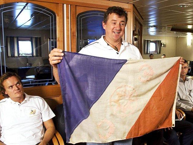 Rob McCallum, vedoucí norské expedice, která se koncem srpna vydala ke Špicberkům pátrat po troskách letadla polárního badatele Roalda Amundsena z roku 1928.