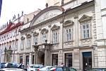 Palác Špork v pražské Hybernské ulici před rekonstrukcí
