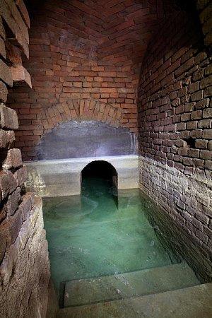 Vúterý 1.října zpřístupní město Znojmo tři nové turistické trasy ve svém podzemí.