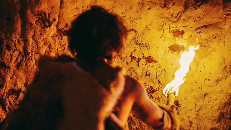 Moderní lidé druhu Homo sapiens se s denisovany zřejmě nejen setkali, ale stačili se s nimi i zkřížit.