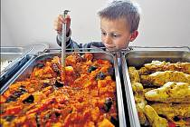 Na pokrmech bez masa si pochutnávají především vegetariáni. Často jim ale neodolají ani ti, kteří maso běžně a rádi konzumují.