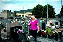 Když paní Tybitanclová navštívila hrob svých příbuzných v 60. letech, místo vypadalo zcela jinak než nyní.