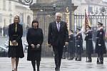 Miloš Zeman se 8. března vydal na Pražský hrad, kde složí prezidentskou přísahu a ujme se úřadu hlavy státu.