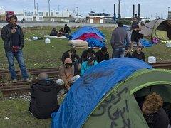 Syrští uprchlíci v Calais. Ilustrační foto.
