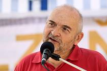 Spisovatel a hudebník Jan Burian