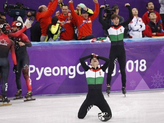 Maďaři se radují z historického zlata.