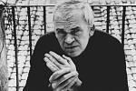 Slavnosti bezvýznamnosti. Milan Kundera vyšel opět v češtině.