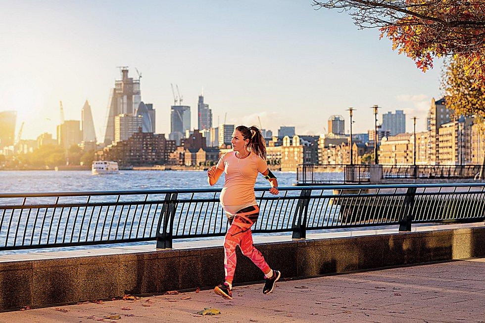 Sport v těhotenství vzbuzuje i v 21.století kontroverze.
