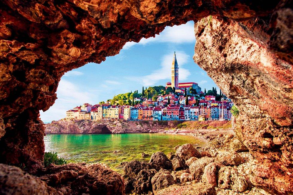 Slovinsko je otrochu menší než Morava aje obdařené vším, co rádi uvidíte.