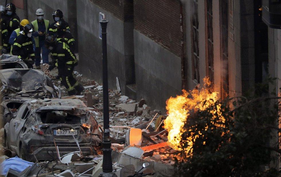 Příčinou exploze byl pravděpodobně únik plynu.