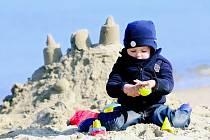 Ve Warnemuende lze stavět bez omezení, na jiných německých plážích by však tento hrad vyrůst nemohl.