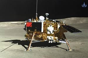 Čínská sonda Čchang-e 4 na Měsíci.