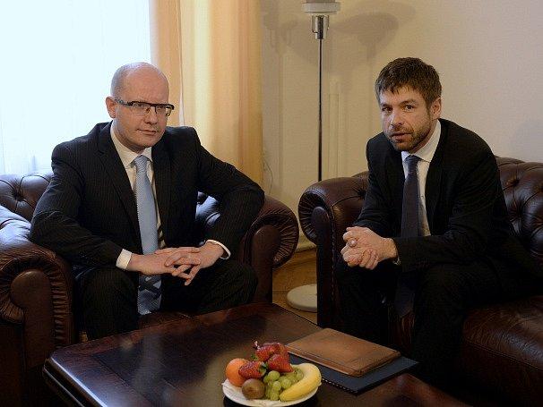 Bohuslav Sobotka a Robert Pelikán