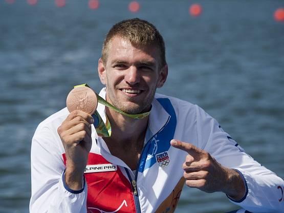 Ondřej Synek s bronzovou olympijskou medailí z Ria.