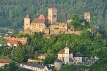 Pevnost nad Hardeggem patří mezi tradiční lákadla rakouského parku.
