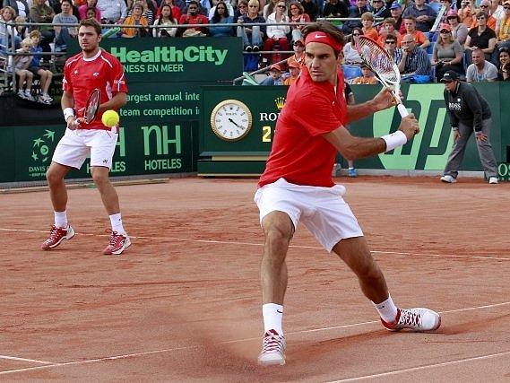 Roger Federer se Stanislasem Wawrinkou uhájili pro Švýcarsko místo v elitní skupině Davis Cupu.