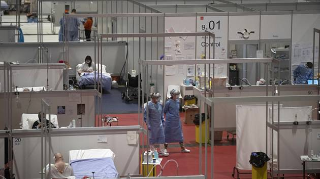 Dočasná nemocnice v Madridu