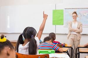 Učitel a žáci. Ilustrační snímek