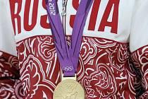 Ruský dres s olympijskou medailí.