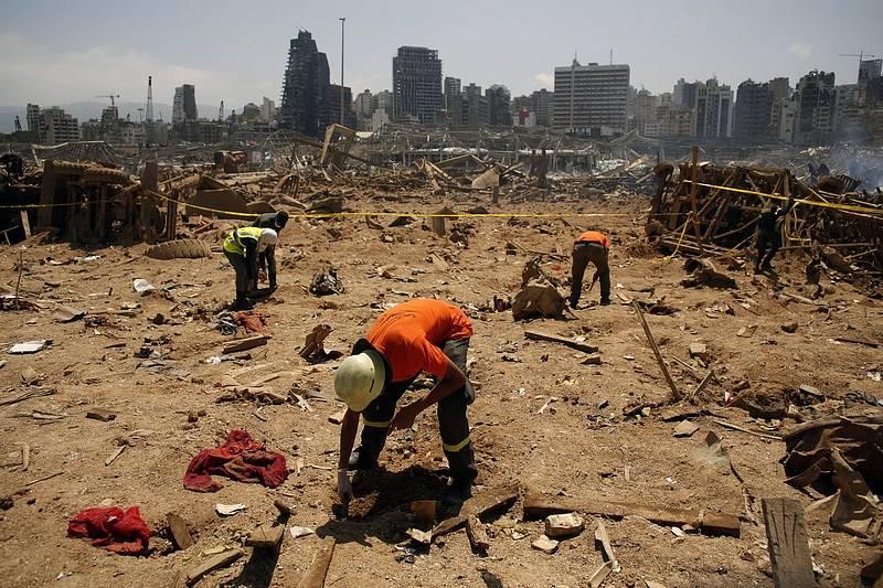 Bejrútem otřásla exploze, která prakticky srovnala se zemí historické centrum.