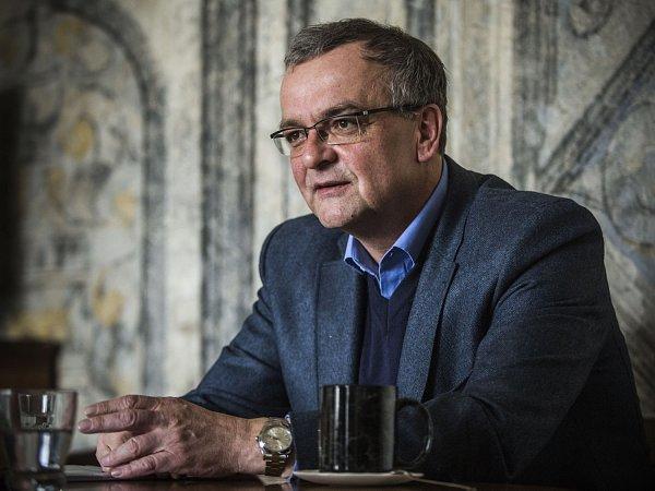 Miroslav Kalousek  Naše demokracie nebyla nikdy ohrožena jako teď ... c88fafa6b944