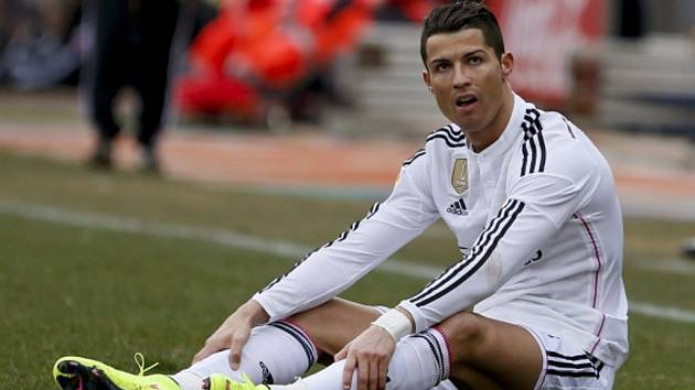 Přepadlý Cristiano Ronaldo. Proti Atlétiku se neprosadil a navíc musel skousnout debakl Realu.