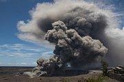 Aktivita havajské sopky Kilauea nabývá na síle