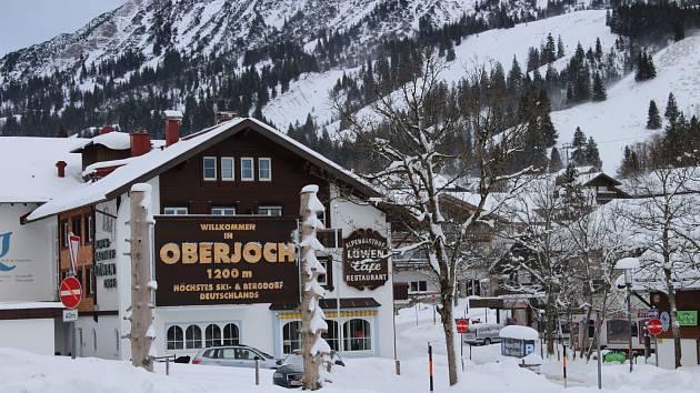 Lyžařská sezóna v nejvýše položeném areálu v Bavorsku oficiálně trvá až do 13. dubna 2020