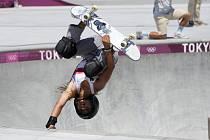 Britská skateboardistka Sky Brownová na OH v Tokiu.