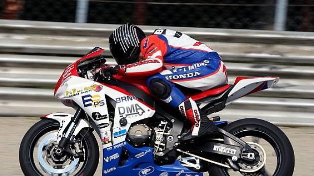 Patrik Vostárek na Hondě CBR600RR týmu K+L Intermoto Czech.