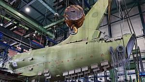 Zkouška pevnosti na prototypu L39NG se značením 7002