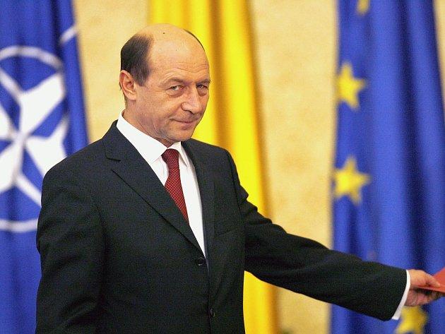 Odvolaný rumunský prezident Traian Basescu.