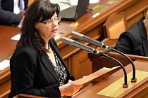 Ministryně práce a sociálních věcí Michaela Marksová na mimořádné schůzi Sněmovny 13. listopadu v Praze.
