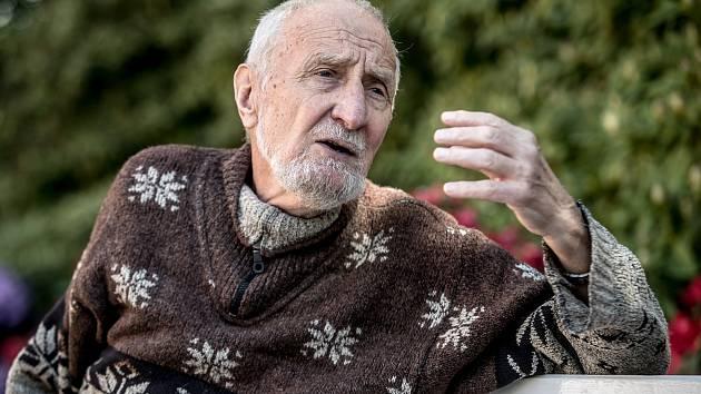 Botanik Václav Větvička.