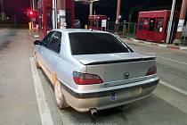 Odcizený Peugeot 406, který policie zadržela na rumunsko-moldavském přechodu Sculeni