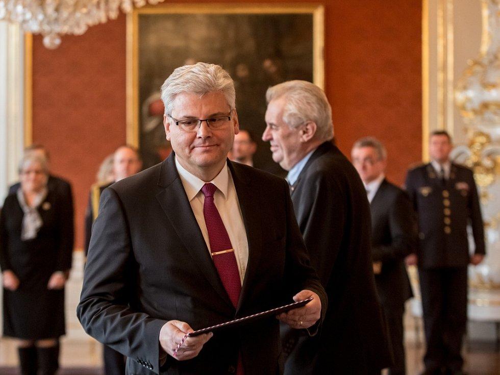 Nový ministr zdravotnictví Miloslav Ludvík (ČSSD).